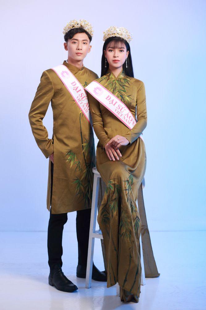 Ngoc Trang- Chau Linh rang ro den voi Gia dinh Dai su Ao dai Viet Nam