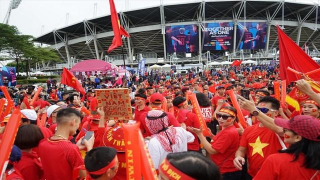 Chủ nhà UAE công bố điều kiện để các CĐV được phép vào sân cổ vũ